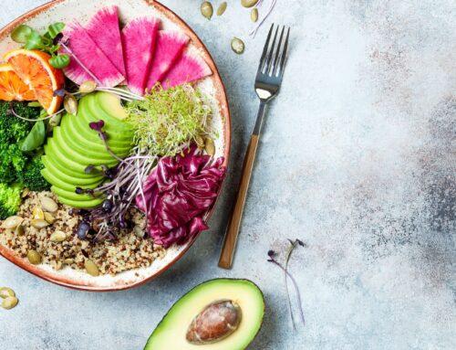 Substituir carne vermelha por alimentos vegetais de qualidade como leguminosas, frutos secos ou soja poderá diminuir o risco de doença coronária.